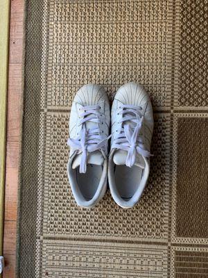 Adidas original sneaker. Size big kid US 6 = Women size 8 for Sale in Union City, CA
