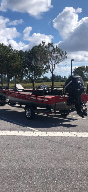 Bass Tracker 190 tournament series 2006 Boat with 90 mercury and Trailer for Sale in Boca Raton, FL
