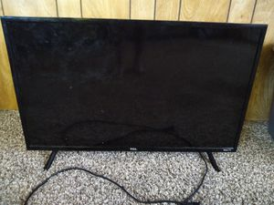 Roku plasma tv tcl 24 inch for Sale in Lake Elsinore, CA