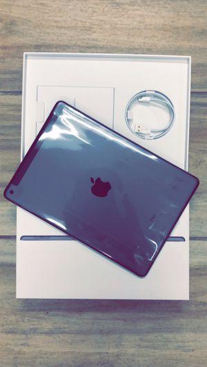 Apple iPad 7th Gen 32GB Unlocked! for Sale in Mansfield, TX