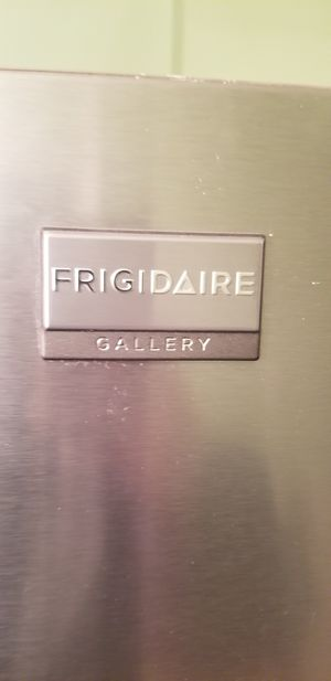 Frigidaire Gallery, stove, dishwasher, microwave combo 500obo stainless steel for Sale in Bloomingdale, IL