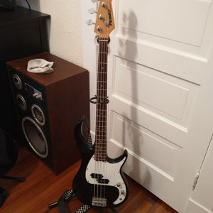 Peavey Bass guitar for Sale in Portsmouth, VA