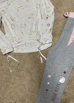 Girl's 5T Bundle of Clothing for Sale in Las Vegas,  NV