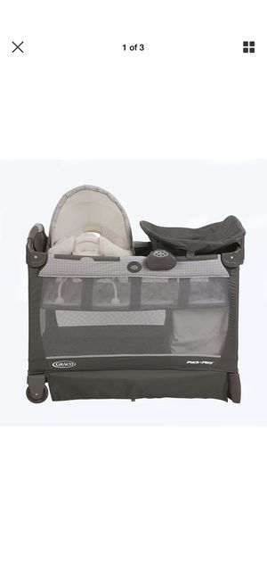 Graco pack n play basinet playard with cuddle cove and changer for Sale in Anaheim, CA