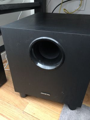 Onkyo HT R380 sound system for Sale in Daniels, MD