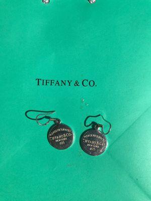 30$ Tiffany earrings for Sale in Riverside, CA