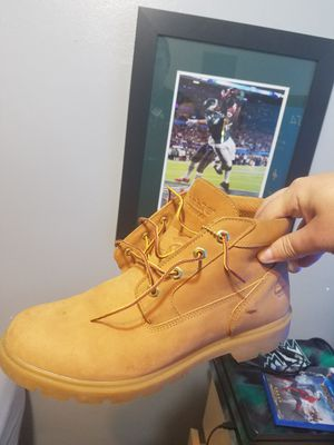 Timberland boots size 9.5 for Sale in Cleveland, OH