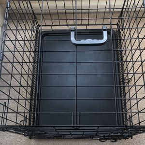 Puppy/Small Dog Crate With Partition for Sale in Crofton, MD