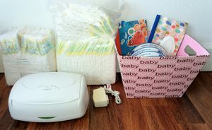 Pampers Swaddlers, Diaper Genie Refills, Wipes Warmer Lot for Sale in Edgewood, WA