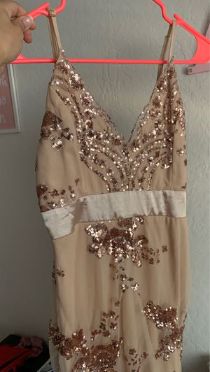 Rose gold glittery homecoming/prom Dress for Sale in Woodland, CA