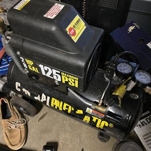 Air Compressor With Hose for Sale in Fort Worth, TX