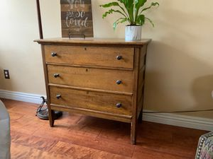 Antique dresser for Sale in Norco, CA
