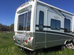 Heartland Pinehurst 2009 fifth wheel RV for Sale in Redding, CA