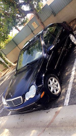 2002 Mercedes Benz C240 Parting out ! Fit 2001 2003 2004 2005 2006 2007 c230 door motor transmission seats for Sale in Los Angeles, CA