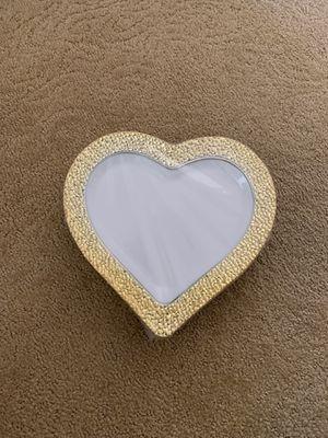 Gold Rim heart plate for Sale in Suisun City, CA