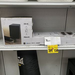 KLIPSCH BAR 40 SOUND BAR + WIRELESS SUBWOOFER for Sale in Humble, TX