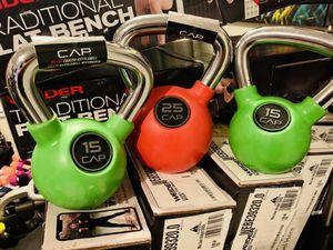 15 lb rubberized green kettlebell for Sale in Plantation, FL