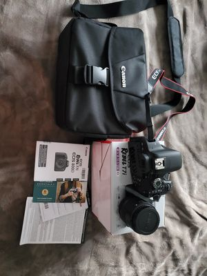 Canon t7i bundle 4 sale or trade for Sale in Downey, CA
