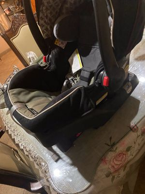 Car seat for Sale in Azusa, CA