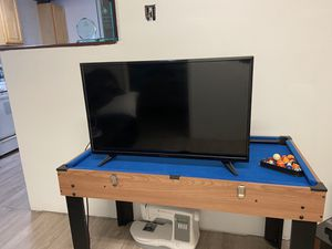 Insignia 32 Inch HD TV for Sale in Brooklyn, NY