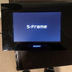Sony Digital Photo Frame for Sale in Kingsburg,  CA