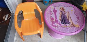 Kids table chair for Sale in East Amherst, NY