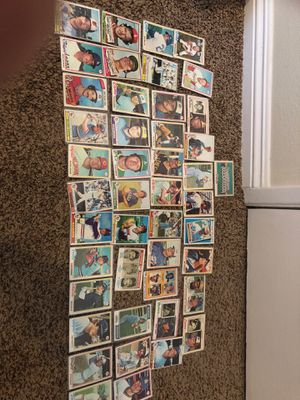 Over 40 baseball cards from late 70s for Sale in Bloomington, CA