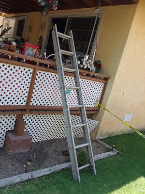 16 aluminum ladder for Sale in Riverside, CA