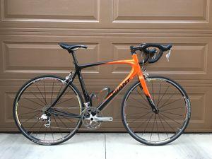 Giant OCR C2 2010 full carbon road bike for Sale in Irvine, CA