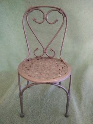 Metal plant stand $18 for Sale in Phoenix, AZ