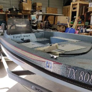 Kingfisher Bass Boat for Sale in Adkins, TX
