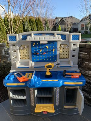 Kids working bench with toys !!! for Sale in Vancouver, WA