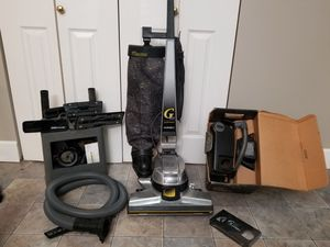 Kirby G6 vacuum and shampooer for Sale in Roy, WA