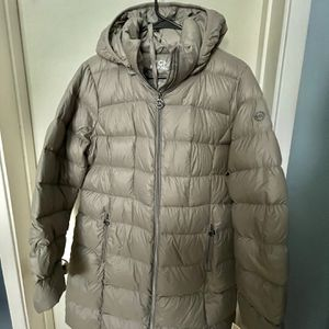 Michael Kors Down Jacket Size Large for Sale in Arcadia, CA