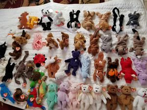 Over 130 beanie babies 50 with multiple errors (NWT) for Sale in St. Petersburg, FL