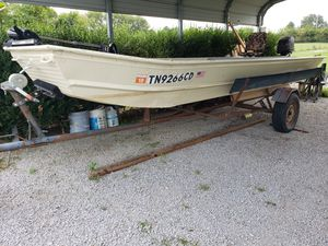 1976 15ft fisher marine flat bottom for Sale in Columbia, TN
