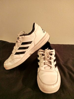 ADIDAS SHOES for Sale in Brownsville, TX