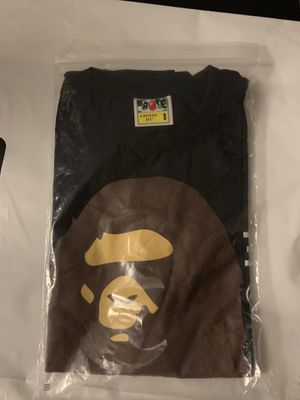Worn 2 times bape shirt size small for Sale in Reynoldsburg, OH