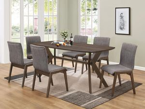 MCBRIDE COLLECTION DINING SET (Table +6 chairs) for Sale in North Miami Beach, FL