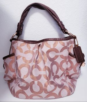 Hobo style COACH bag for Sale in Surprise, AZ