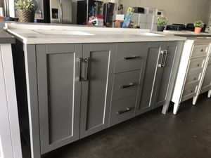 "60"" bathroom vanity only for Sale in Plano, TX"