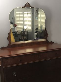 Antique Dresser for Sale in Glendora,  CA