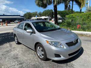 2010 Toyota Corolla LE MINT for Sale in Miami, FL