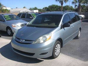 2006 Toyota Sienna for Sale in Pompano Beach, FL