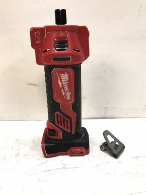 M18 18-Volt Lithium-Ion Cordless Drywall Cut Out Tool (Tool-Only) for Sale in Bakersfield, CA