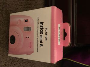 Fujifilm Instax mini 8 Instant Camera w/ carrying case for Sale in Hazelwood, MO