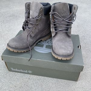 Timberland Gray Boots With Healed Insole for Sale in La Mirada, CA