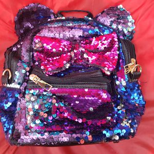 New Minnie mouse sequin mini backpack or purse for Sale in Whittier, CA