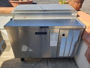 True freezer and Delfield fridge for Sale in Phoenix, AZ