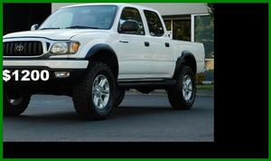 Price$1200 Toyota Tacoma for Sale in Berkeley, MO